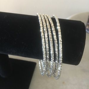 Jewelry - Beautiful 5 Piece Silver Plated Bangles