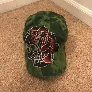 561e40daa37 Green Grail hat