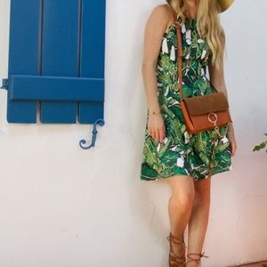 Dresses & Skirts - Leafy print dress