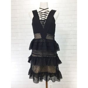 BNWT Romeo & Juliet Couture Tiered Lace Neck Dress