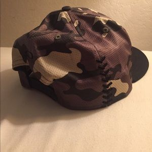 Oakley Other - Oakley camo Angel SnapBack 1d574c69f87