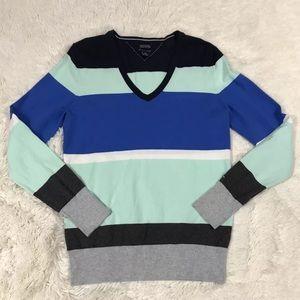 Tommy Hilfiger V-Neck Sweater Size Medium