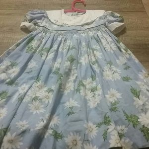 Luli & Me Dresses - Fancy daisy dress. Has liner. Excellent condition