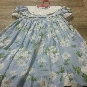 Luli & Me Dresses - Fancy daisy dress. Has liner. Excellent condition
