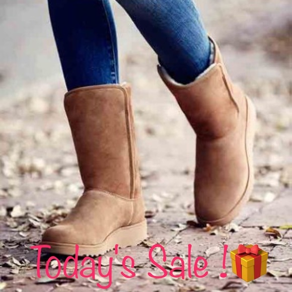 1a2d5be35d6 New Ugg Chestnut Amie Suede short boots ❤️SALE ❤️ NWT