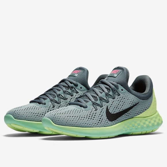 ee227375ff81 Nike LUNAR SKYELUX Women s Running Shoe Gray Green