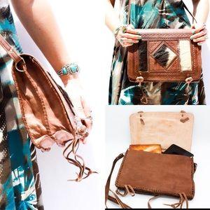 Handbags - 4-12 HP 🎉Fur & Leather Handcrafted Messenger Bag