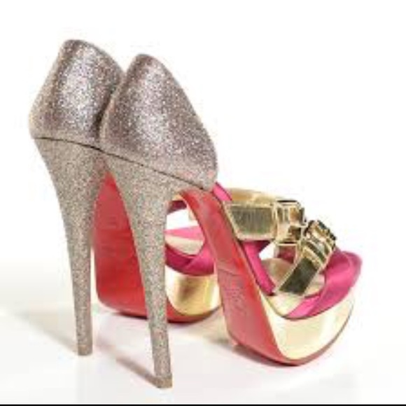 official photos 2c7dd ecb90 RARE Christian Louboutin Ambertina in pink & gold
