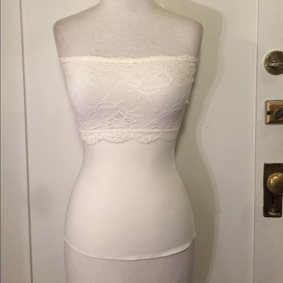 b6b85095997b6 Spanx Ivory lace strapless camisole shapewear. M 5993370b8f0fc4d6561aa8c8