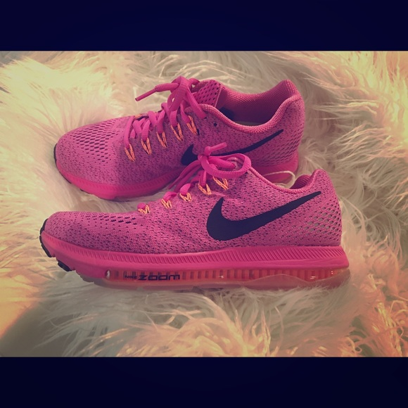 Hot Pink Nike Air Max