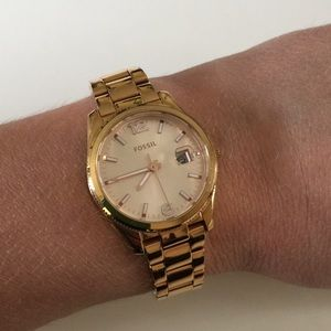 Rose gold boyfriend watch by Fossil