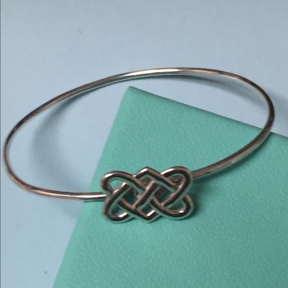 9c3f6159e ... Paloma Picasso Celtic Love Knot Bracelet💎. M_599340194e8d175a8b1ae8be