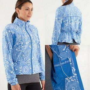 NWOT Lululemon Blue Travrl to Track Jacket
