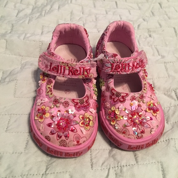 218e1c3b856 Lelli Kelly Kids Other - Lelli Kelly US size 5 Pink Beaded Mary Janes