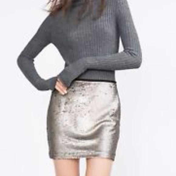 c1ca55d0a Zara Skirts   Basic Silver Metallic Sequin Mini Skirt   Poshmark