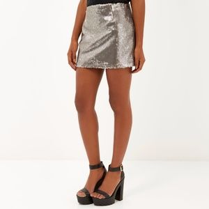 🆕 ZARA BASIC silver metallic sequin mini skirt