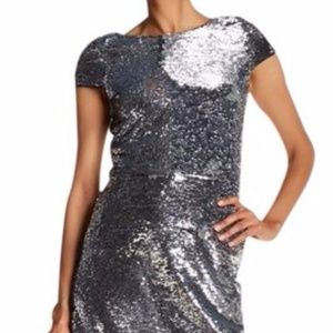 Vince Camuto Sequin V-Back BodyCon Dress (W14120)