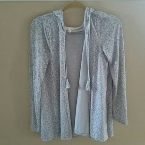 New, no tag Lightweight Layering Sweater Small
