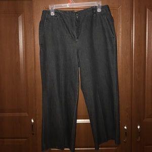 Black professional cropped pants