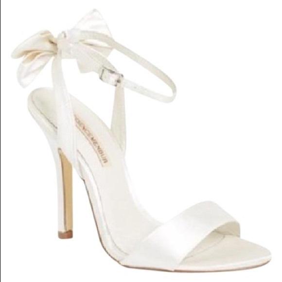 Menbur Shoes   White Bow Heeled Sandals