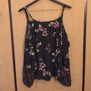 Abercrombie & Fitch Tops - A&F Off Shoulders top