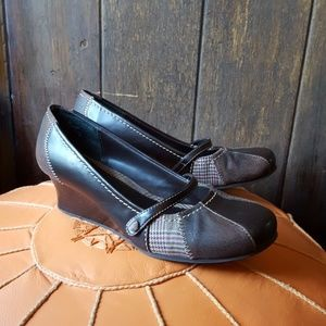 Wedge Mudd Mary Janes