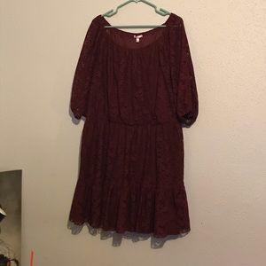 Super cute burgundy Lace dress 💕