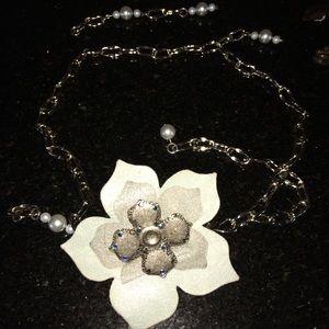 Bebe Floral Chain Belt. Flower