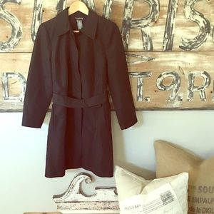 bebe Jackets & Coats - Bebe long dress rain coat with tie