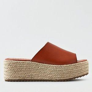 A🦅 Slide Flatorm Sandal size 10
