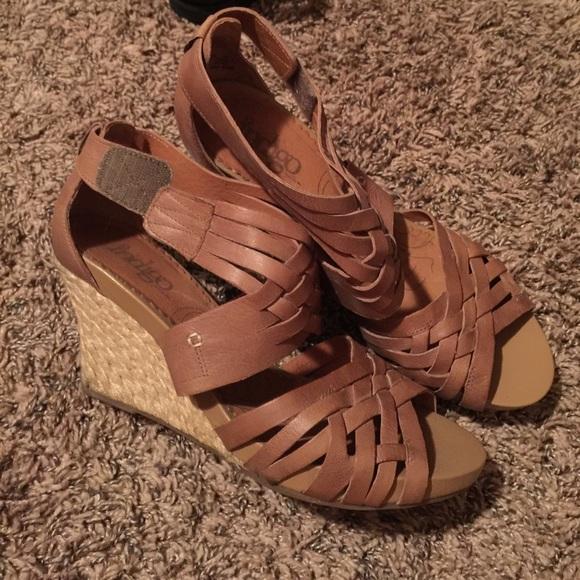 073ed120a72b8 Clarks Shoes | Brown Womens Wedge Sandal Size 9 | Poshmark