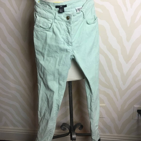 Barley worn//Good condition H&M Corduroy pants