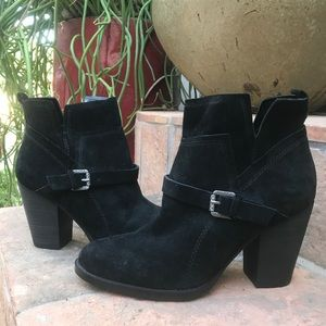 IVANKA TRUMP BELTED BOOTIES BOOTS SHOES ANKLE SZ 7