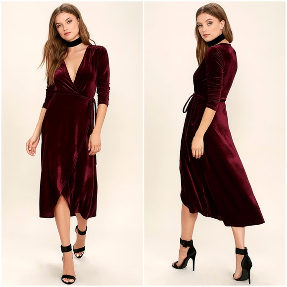 Lulus Enchant Me Burgundy Velvet Wrap Midi Dress Nwt