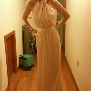 Size10 vera wang formal gown w/choker style tp