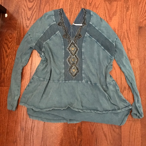 Free People Tops - Free People shirt-Size XS