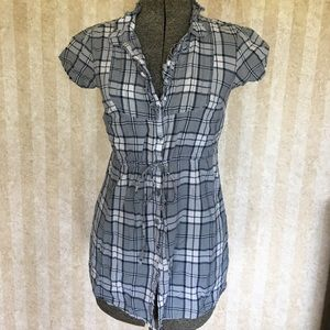 Converse One Star plaid blouse.
