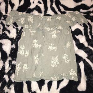 ✨PRICE DROP✨ Floral Green Off-the-Shoulder Shirt