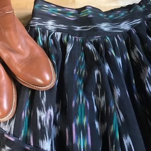 Dresses & Skirts - VINTAGE Guatemalan woven circle skirt M pockets!