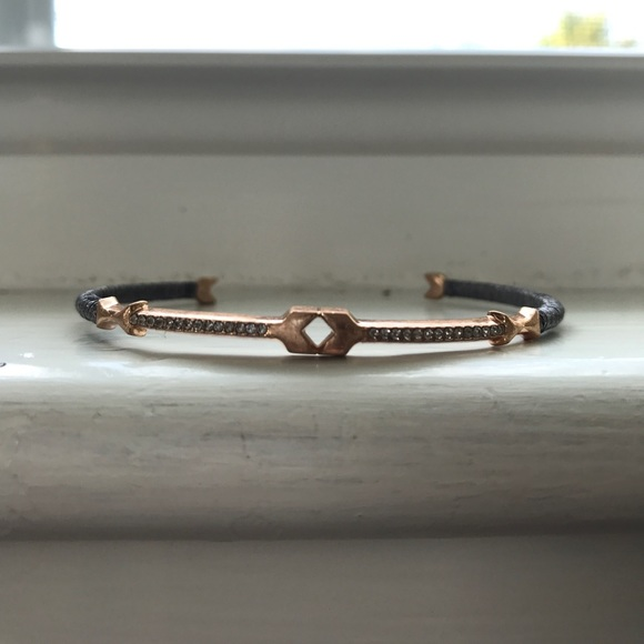 Stella & Dot Jewelry - Stella & Dot Resilience Rose Gold Arrow Bracelet