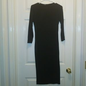 Dresses & Skirts - Fitted Black Dress