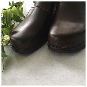 d00312e7af8b Modellista Shoes - modellista clogs 40093 NEW size 7 Brown