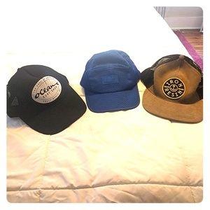 Bundle of three mens hats, 2 trucker, one 5 panel