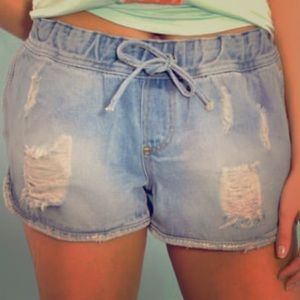 Distressed denim tracker shorts