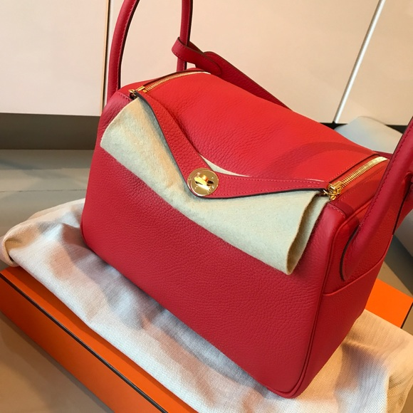 0a5544bdf2 SOLD 100% Authentic Hermes lindy 30 rouge tomate