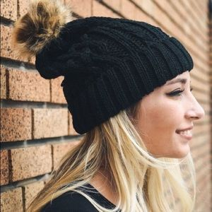 Accessories - 🆕 Black Cable Knit Beanie with Pom