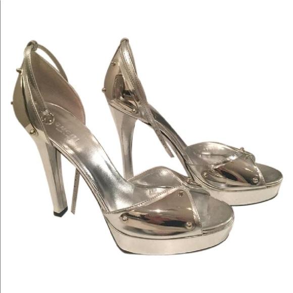 e5241870cbb Gucci Shoes - Gucci Heel Metallic Silver Platform