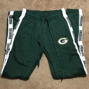 NFL team apparel