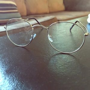 Accessories - Vintage style round glasses