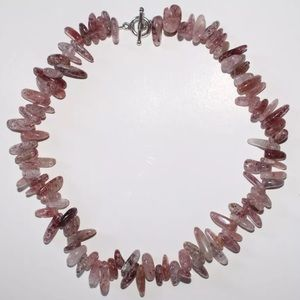 Jewelry - 🛍✨NEW✨Strawberry Quartz Choker✨